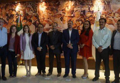 Firma de declaratoria de Gobierno Abierto.
